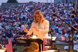 Elizabeth Schulze conducting at Antietam National Battlefield